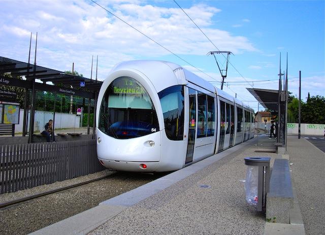 Le T3 et le Rhônexpress de nouveau opérationnels lundi