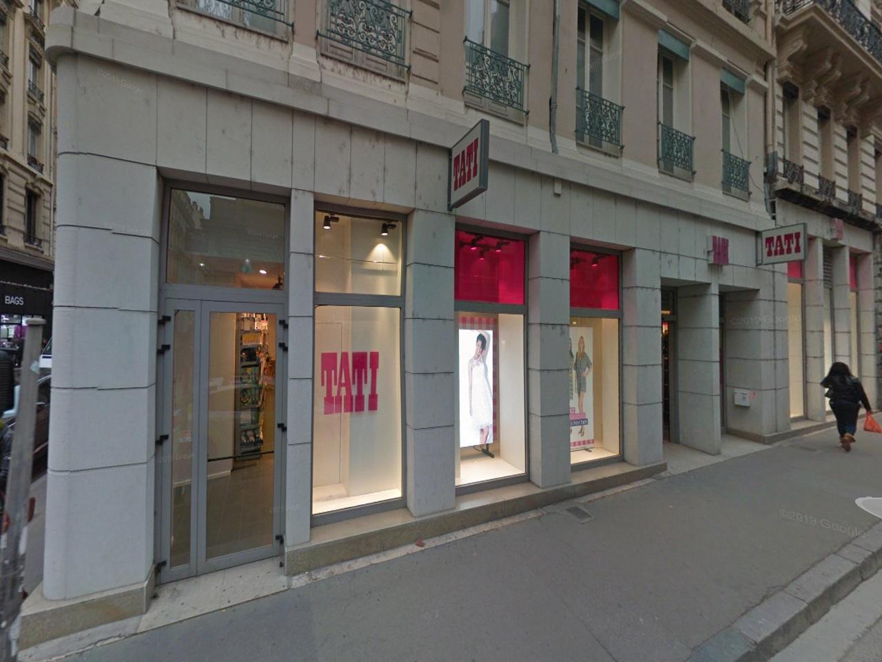 Lyon : Tati ferme boutique