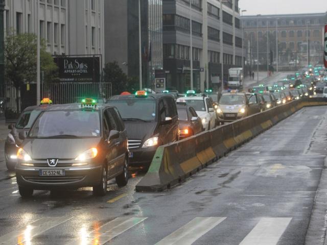 Lyon : manifestation des taxis annulée ce jeudi (Màj)