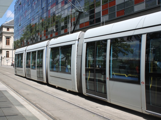 Lyon : un accident de tram fait 3 blessés dont un grave