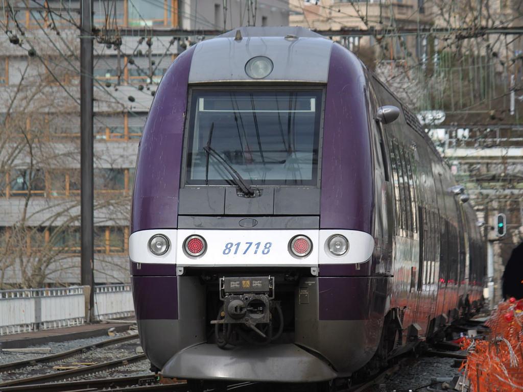 Edouard Philippe monte au créneau — Grève SNCF