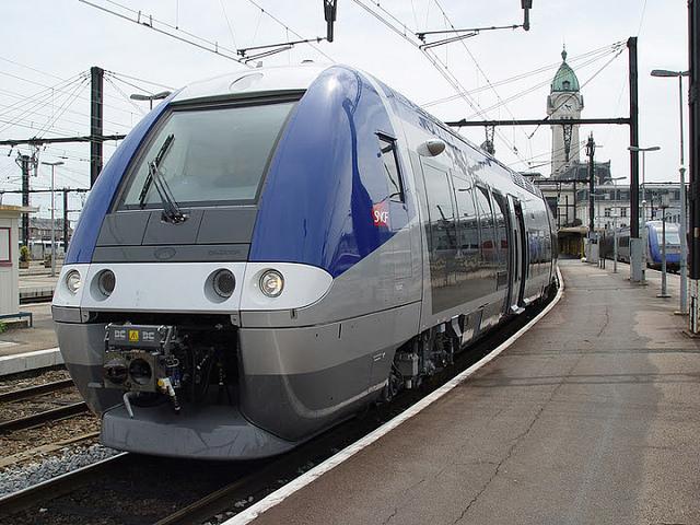Rhône-Alpes : 81 passagers bloqués dans un TER pendant six heures à cause de la neige