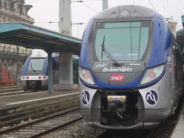 Le trafic TER coupé entre Ambérieu et Lyon