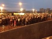 Des milliers de Lyonnais massés devant le tunnel samedi soir - LyonMag
