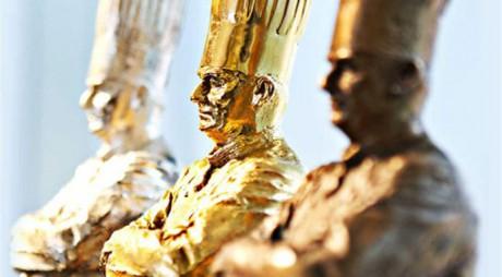 Paul Bocuse, très ému, a remis en personne les statuettes à son effigie - Photo DR