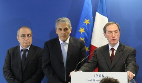 Françis Choukroun, le directeur de la PJ de Lyon, Christian Lothion, le directeur central de la PJ et Claude Guéant, le ministre de l'Intérieur - Photo Lyonmag.com