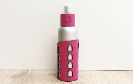 Ici, un des parfum à l'effigie de la Tour rose - DR
