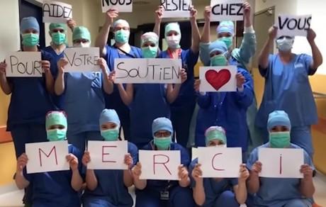 Des soignants des HCL - DR