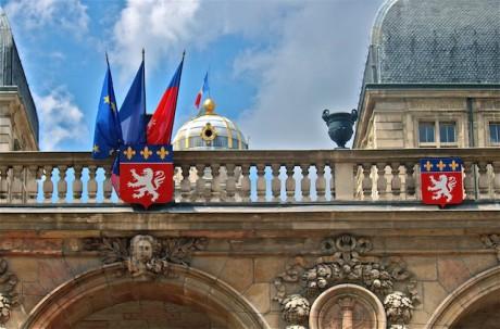 L'Hôtel de Ville vue depuis la cour intérieure - LyonMag