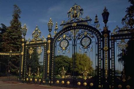 Les grilles du Parc de la Tête d'Or, non loin du pavillon qui accueillera le prochain Forum de la Nation - Lyon.fr