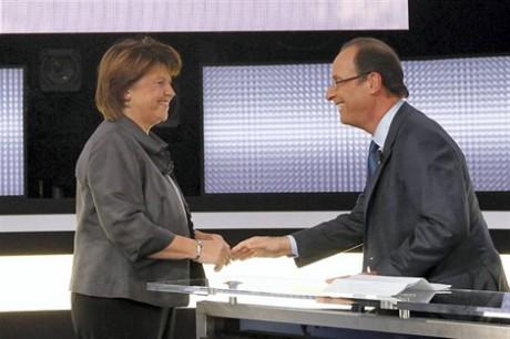 Aubry et Hollande sur la plateau de France Télévision mercredi soir pour le débat de l'entre-deux-tour des Primaires socialistes - DR