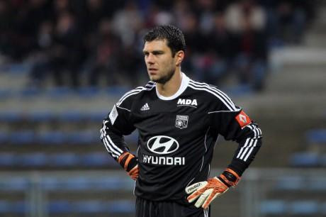 Rémy Vercoutre et ses coéquipiers de l'OL ont encaissé trois buts face à Lille - DR
