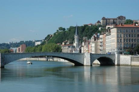 Le pont Bonaparte, qui relie Bellecour et Saint-Jean, sera fermé samedi 14 janvier - Photo DR