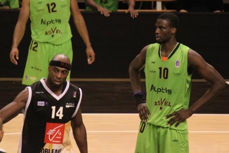 Bangaly Fofana (ici face à Orléans) et l'ASVEL vont devoir cravacher s'ils veulent aller aux As - Photo LyonMag