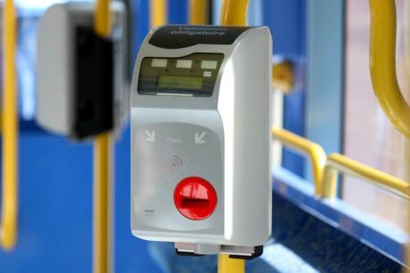 Un oblitérateur du tramway lyonnais - LyonMag