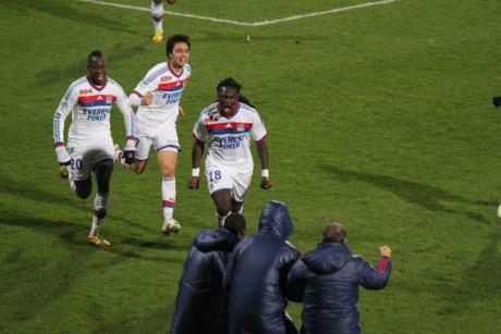82ème minute, Bafé Gomis vient de redonner l'avantage à l'OL - Photo LyonMag