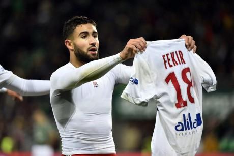 Nabil Fekir face au public stéphanois - DR