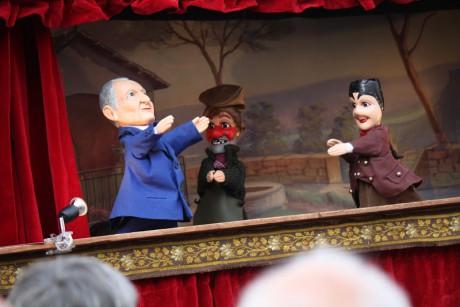 Guignol, ici aux côtés des marionnettes de Gnafron et Jean-Michel Aulas - Photo Lyonmag.com