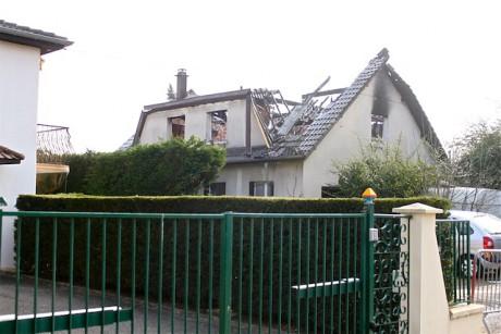 La charpente de la maison de l'octogénaire décédée dans un incendie - LyonMag