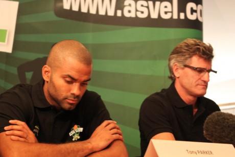 Tony Parker, directeur des affaires psortives du club,  et Gilles Moretton, président de l'ASVEL - LyonMag
