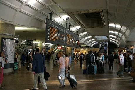 Le tableau d'affichage des trains au départ en gare de la Part-Dieu - DR