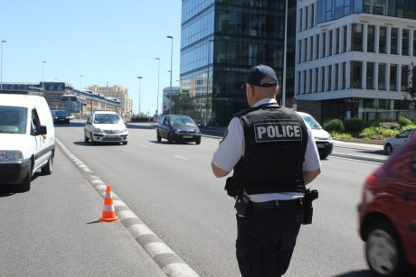 Les fonctionnaires portaient tous des gilets pare-balles - LyonMag