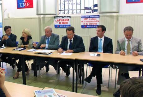De g.à d. : Emmanuel Hamelin, Françoise Grossetête, Michel Forissier, Philippe Cochet, Michel Havard et François-Noël Buffet lors de la conférence de rentrée de l'UMP du Rhône - LyonMag