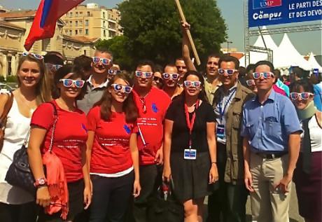 Les militants rhodnaniens de l'UMP accompagénde Philippe Cochet sont arrivés à Marseille pour les universités d'été de l'UMP - LyonMag