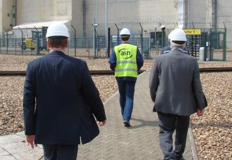 Inspection post-Fukushima de l'ASN à la centrale nucléaire de Cattenom en présence d'experts luxembourgeois et allemands (Août 2011) - DR
