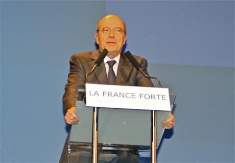 Alain Juppé, lors de son meeting à la Cité Internationale en avril - LyonMag