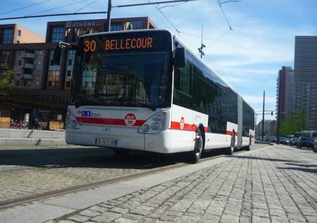 Un des nouveaux bus de la flotte des TCL pour le plan Atoubus - LyonMag