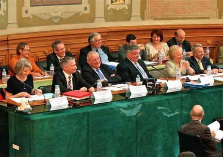 L'exécutif départemental emmené par Michel Mercier - LyonMag