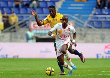 Samba Diakité avec le maillot blanc nancéien - DR