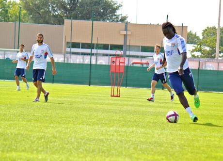 Bafé Gomis, irrésistible depuis le début de la saison, pourra compter sur son pote Licha pour animer le front de l'attaque lyonnaise face à Montpellier ce soir  - LyonMag