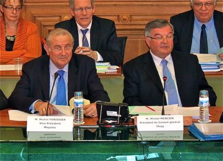 Michel Forissier et Michel Mercier, respectivement 1er vice-président et président du Conseil général du Rhône- LyonMag