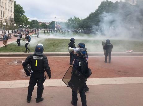 La tension est montée d'un cran ce samedi Place Bellecour - LyonMag