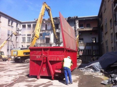12 000 m2 sont à détruire - LyonMag