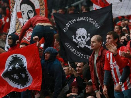 Des supporters du Spartak Moscou, qui n'ont pas franchement l'air sympathique - DR