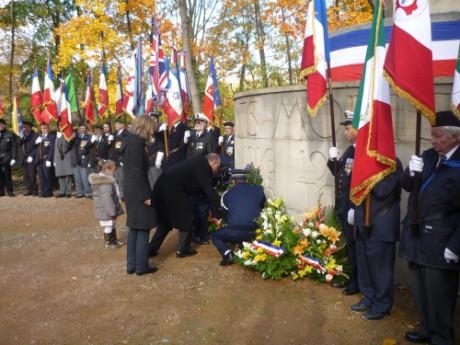 Gérard Collomb lors d'une précédente cérémonie du 11 novembre - LyonMag.com