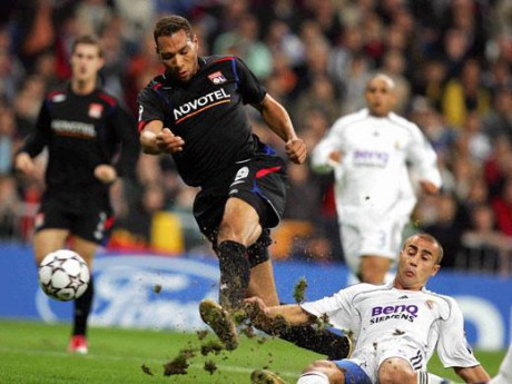 John Carew face au Real Madrid de Fabio Cannavaro - Soccers.fr