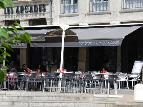 Le restaurant les Arcades - Tendances Presqu'île