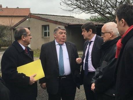 Le préfet, le maire de Chazay et Patrick Kanner - DR