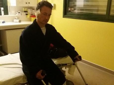 Fabrice Riva, sur son lit d'hôpital - DR