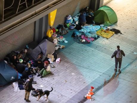 Des tentes ont été installées en plein centre-ville - LyonMag