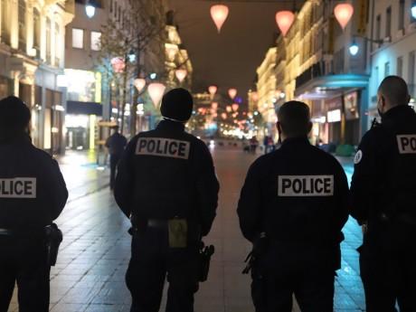 La rue de la République quadrillée par la police - LyonMag