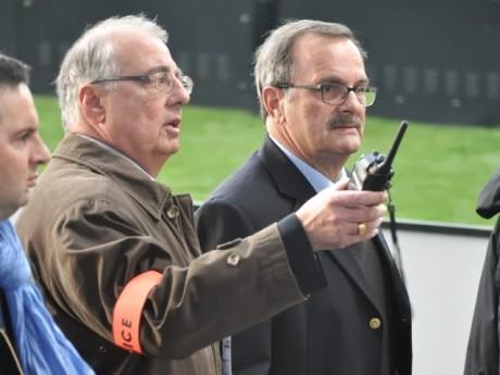 Albert Doutre, ici au stade Gerland avec l'ancien préfet du Rhône Jean-François Carenco - Lyonmag.com