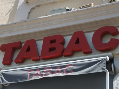 Bureau de Tabac - Lyonmag