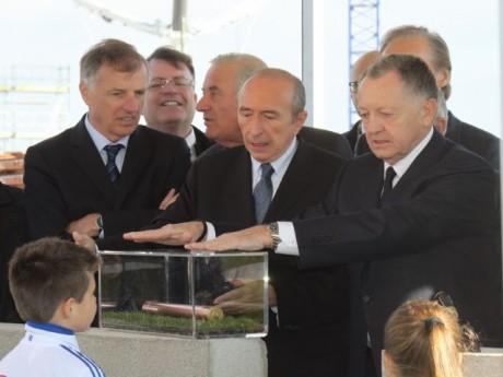 Gérard Collomb et Jean-Michel Aulas à la pose de la première pierre du Grand Stade - LyonMag