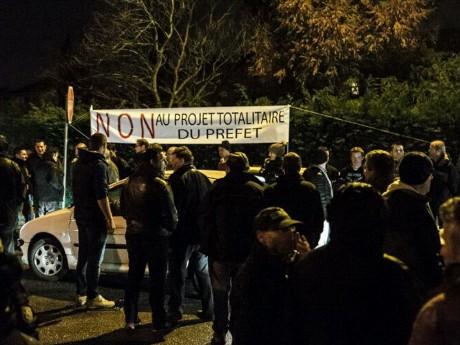 La manifestation de mardi soir à Saint-Genis-les-Ollières - LyonMag