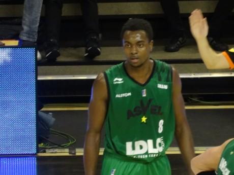 Livio Jean-Charles a inscrit 8 points face au Portel - LyonMag